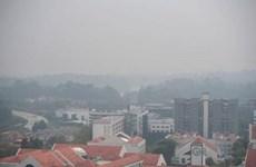 Calidad de aire en Singapur resulta insegura para salud humana por incendios en Indonesia