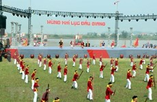 Nutrida participación en fiesta otoñal Con Son- Kiep Bac en Vietnam