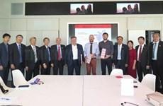 Intercambian localidades de Vietnam y Francia experiencias de desarrollo
