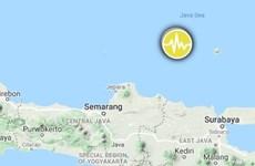 Sacude terremoto de magnitud 6,1 en escala Richter el océano frente a isla indonesia de Java
