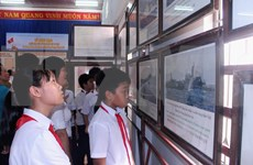 Muestra de mapas evidencia soberanía de Vietnam sobre Hoang Sa y Truong Sa