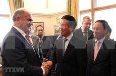 Profundizan colaboración los partidos de Vietnam y Rusia