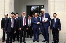 Vietnam estudia sistema de formación profesional dual de Alemania