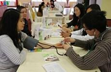 Fomentan en República Checa atención a la salud de integrantes de la comunidad vietnamita
