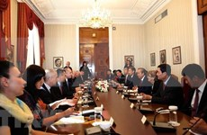 Califica presidente de Bulgaria a Vietnam como socio importante