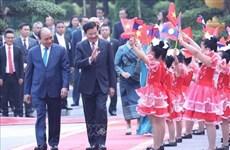 Concluye Primer Ministro de Laos visita oficial a Vietnam
