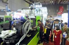 Inauguran Exposición internacional de industrias del plástico y del caucho en Vietnam