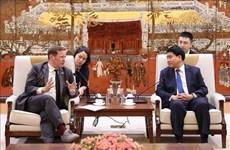 Aboga Hanoi por incrementar lazos con el Reino Unido en enseñanza del idioma inglés