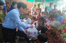 Conceden donaciones a vietnamitas residentes en Camboya