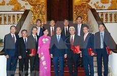 Dirigentes vietnamitas exigen a embajadores en el extranjero aportar al desarrollo nacional