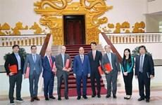Promete Vietnam óptimas condiciones para inversores extranjeros