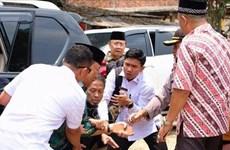 Degradan a oficiales indonesios por violaciones de sus esposas de Ley de Información Electrónica