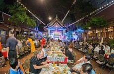 Planea Tailandia apoyar negocios para aumentar ingresos del país