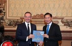 Promueve Ciudad Ho Chi Minh cooperación con Alemania en agricultura de alta tecnología