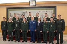 Intensifican Vietnam y China la cooperación en defensa