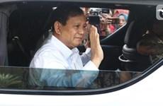 Nombra presidente de Indonesia a su rival electoral ministro de Defensa