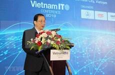 Debaten soluciones para impulsar servicios de tecnología de información de Vietnam