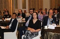 Comparten Vietnam y Australia experiencias en educación profesional
