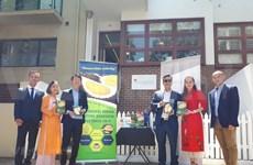 Promociona Vietnam su durián en Australia con muestras itinerantes