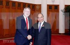 Primer ministro de Vietnam recibe a la delegación del Parlamento Europeo