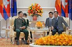 Concluye delegación militar de alto nivel de Vietnam visita a Camboya
