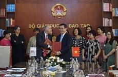 Incrementa Agencia de la Universidad Francófona cooperación con Vietnam en educación