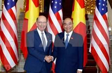 Invita premier de Vietnam inversiones de Estados Unidos