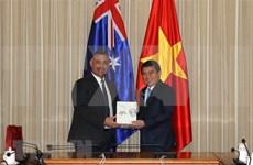 Ciudad Ho Chi Minh y estado australiano de Nueva Gales del Sur dinamizan cooperación