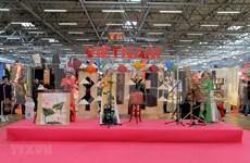 Impresiona la cultura vietnamita en el Festival de Oriente en Italia