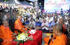 Celebra comunidad de khmeres en Vietnam el Festival tradicional Ok Om Bok