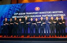 Aboga Vietnam por la pronta firma de un acuerdo aéreo ASEAN-UE