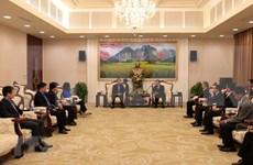 Promueven aumento de la cooperación sindical entre Vietnam y Laos
