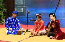 Signos positivos para canto folklórico vietnamita de Ca Tru