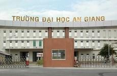 Asisten diplomáticos extranjeros a acto conmemorativo por la fundación de universidad vietnamita