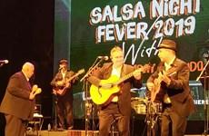 Hechiza la música tradicional cubana al público en Hanoi