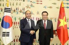 Se entrevista primer ministro de Vietnam con presidente de Asamblea Nacional de Corea del Sur