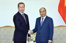 Primer ministro de Vietnam recibe a jefe de la Guardia Nacional de Rusia
