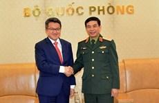 Ratifican Vietnam y Malasia el positivo desarrollo de los nexos en defensa