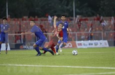 Felicita premier de Vietnam a equipos de fútbol por logros en SEA Games 30