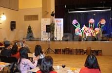 Participa Vietnam en festival de Navidad en República Checa