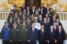Recibe premier de Vietnam a ministros de defensa de Camboya y Laos