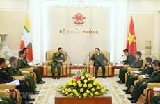Visita Vietnam jefe de las fuerzas armadas de Myanmar