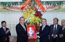 Extiende vicepremier de Vietnam saludos navideños a comunidades religiosas