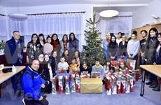 Organizan vietnamitas en la República Checa actividades de caridad