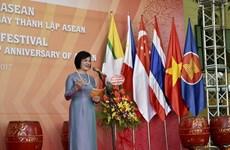 Diplomáticas de Vietnam y Laos coordinan acciones dentro de comunidad ASEAN