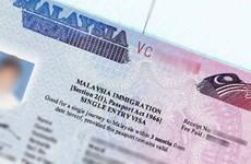 Exime Malasia visas a turistas indios y chinos