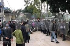 Fallecen tres policías en disturbios en comuna suburbana de Hanoi