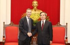 Promete alto funcionario de Vietnam apoyo a inversores estadounidenses