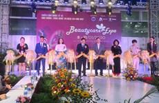 Inauguran en Hanoi exposición internacional de productos y servicios de belleza
