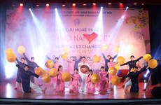 Reunidos vietnamitas y amigos extranjeros en intercambio artístico por Año Nuevo Lunar